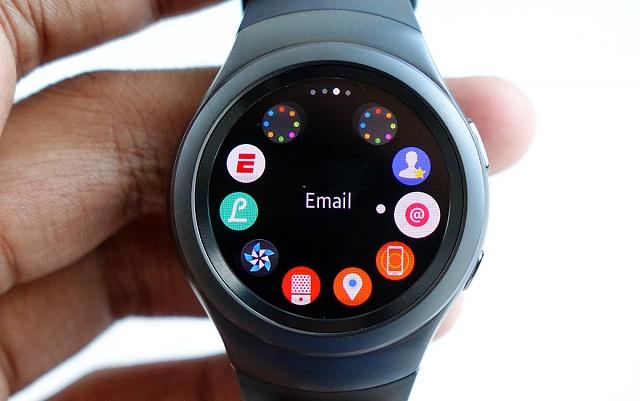 Samsung Gear S2 Vs Apple Watch Specs Comparison1
