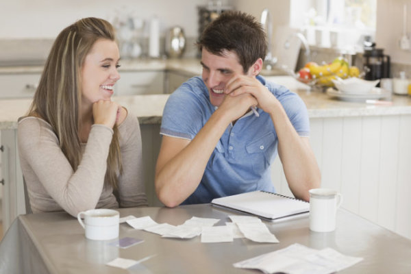Three Financial Advices Parents Should Tell To Their Children
