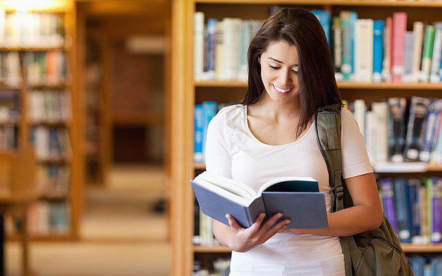 How Students Can Balance Education and Work