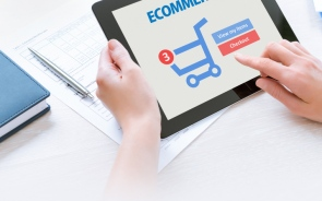 How Does Customer Relationship Management Help Your E-Commerce Business?