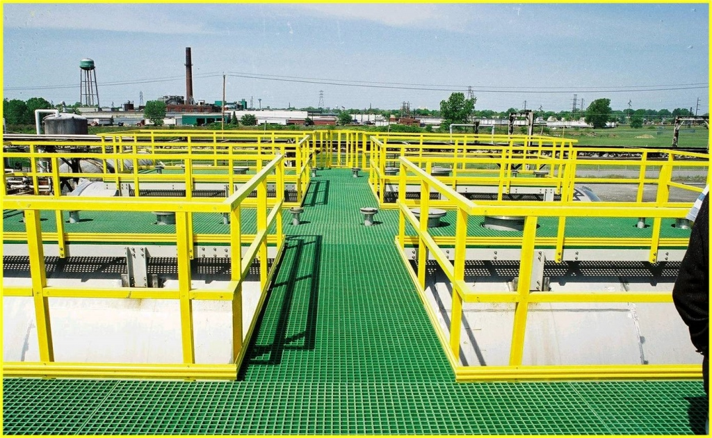 Fibreglass Grating: The Best Way To Stay Protected In Industries