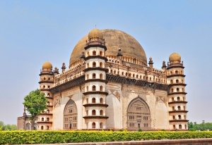 Monumental Structures Of Bijapur - A Treat For Eyes and Excellent References To India's Past