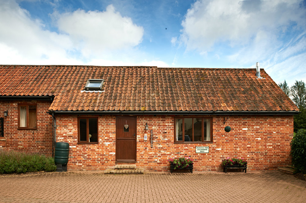 Fabulous Holiday Cottage Located In Stour Valley