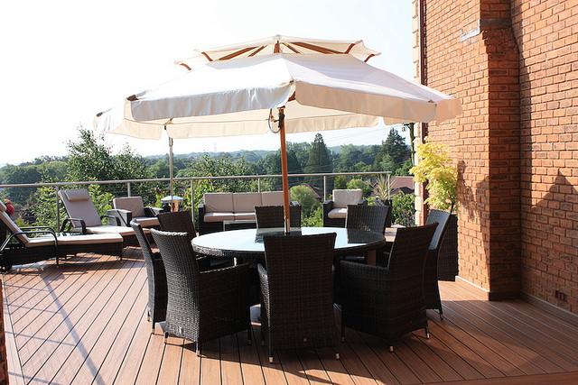 Make Summer Living Room At Outdoor Deck