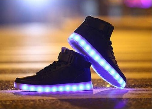 Utilities of the Baskets Lumineuses Montantes Shoes
