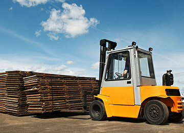 Select The Right Forklifts For Business