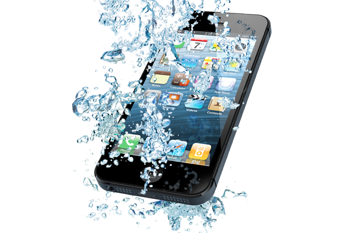 What To Do If You Drop Your iPhone In Water