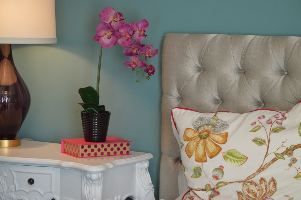 Using Wall Colors As Space Enhancers