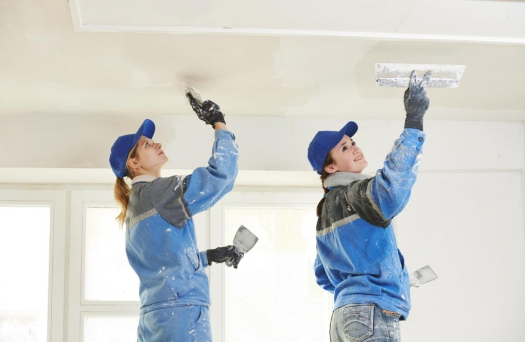 Renovate Your Home by Plastering The Walls and Ceilings