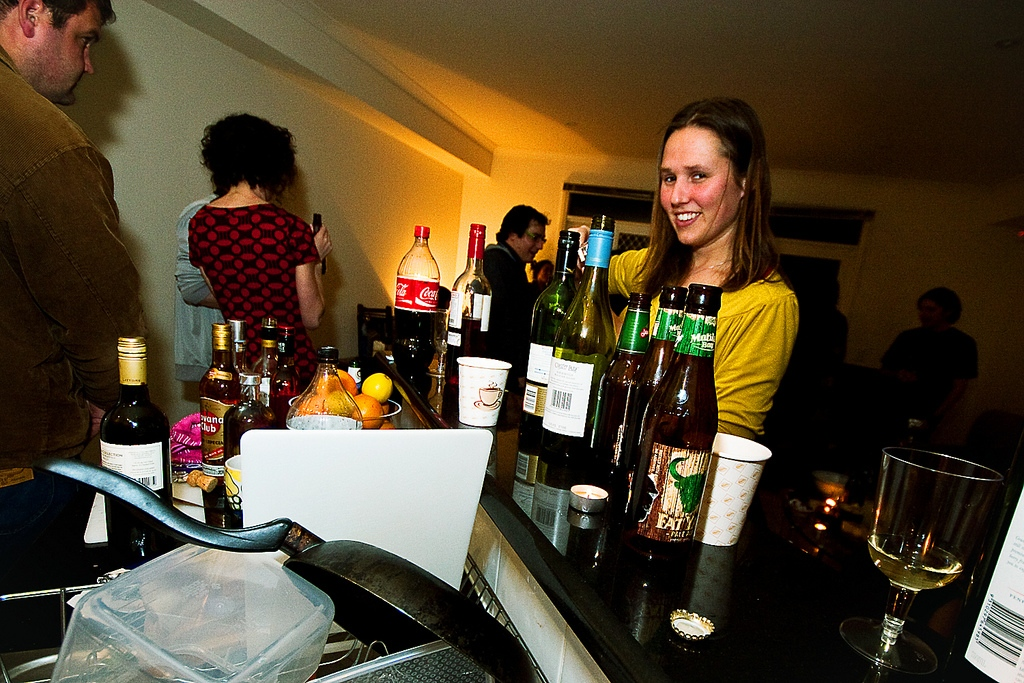 It's Housewarming Time: Get Your Home Bar Ready