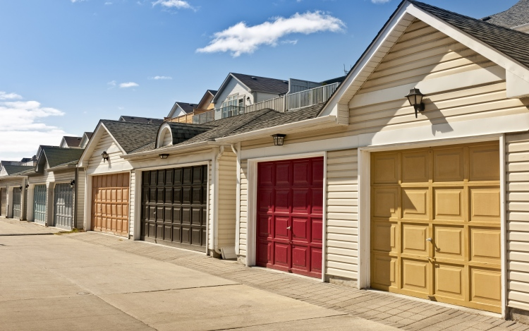 3 Reasons Why Garage Door Closes Very Quickly, Often With A Bang