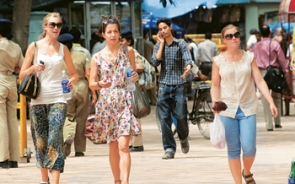 Tourists Prefer To Shop In Greater Kailash