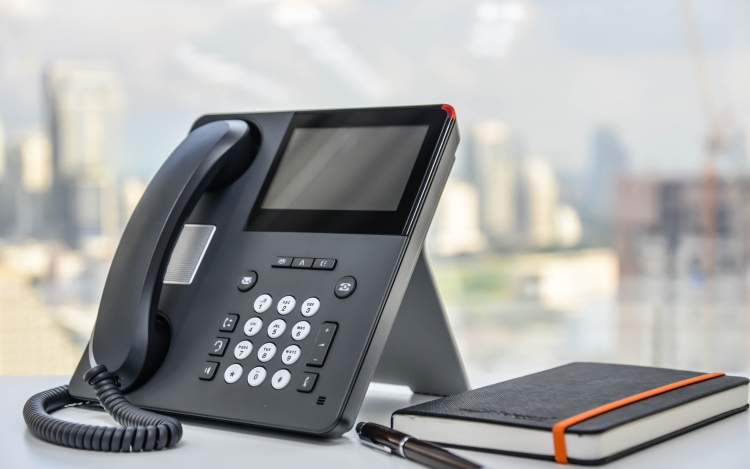 Reasons To Upgrade Aging Telephone System To VoIP