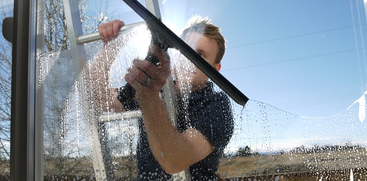 Window Cleaners Surrey Is A Solution For Your Dirty Windows