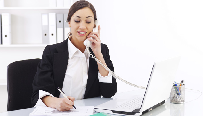 Pros and Cons Of The Business Phone Number