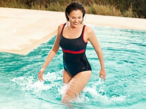 A Guide To Choosing The Perfect Swimsuit For Women Swimmers