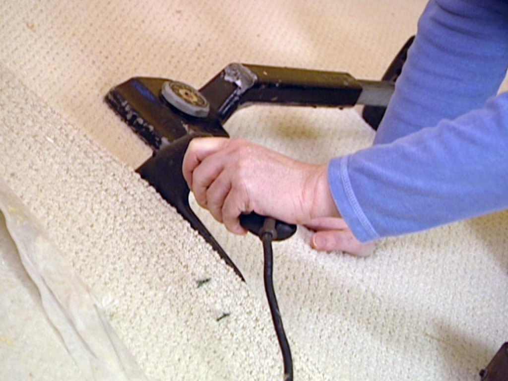 7 Steps To Patch A Carpet