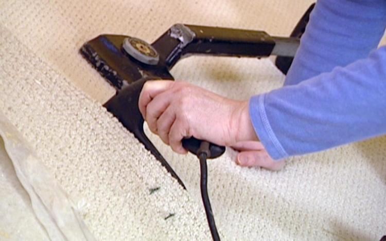 7 Steps To Patch A Carpet