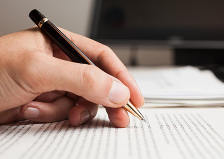 Importance and How To Select An Ideal Thesis Writing and Editing Services