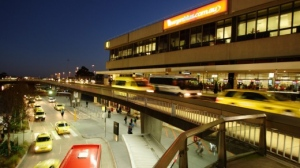 4 Reasons Why You Shouldn't Catch A Taxi, Bus or Train To The Airport