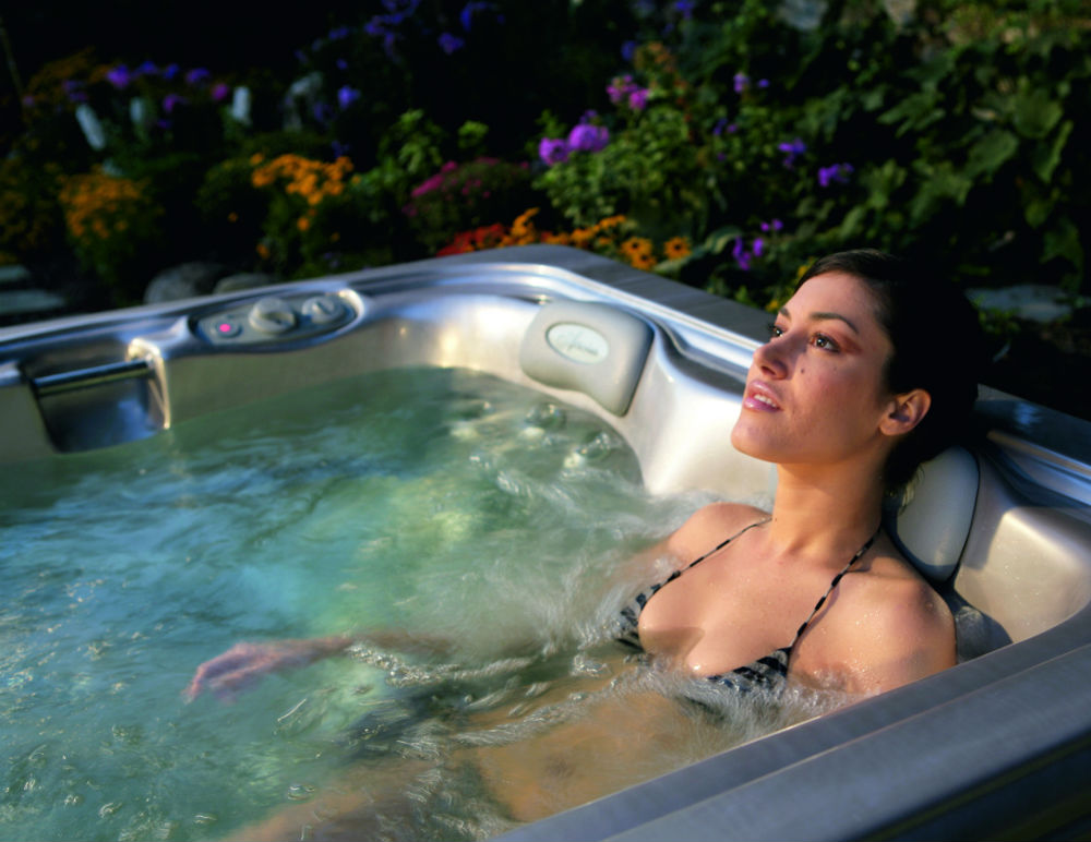 Why Will A Spa Pool Help To Rid You Of Aches And Pains?