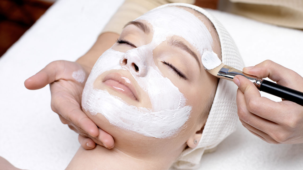 How To Select The Right Facial Treatment For You?