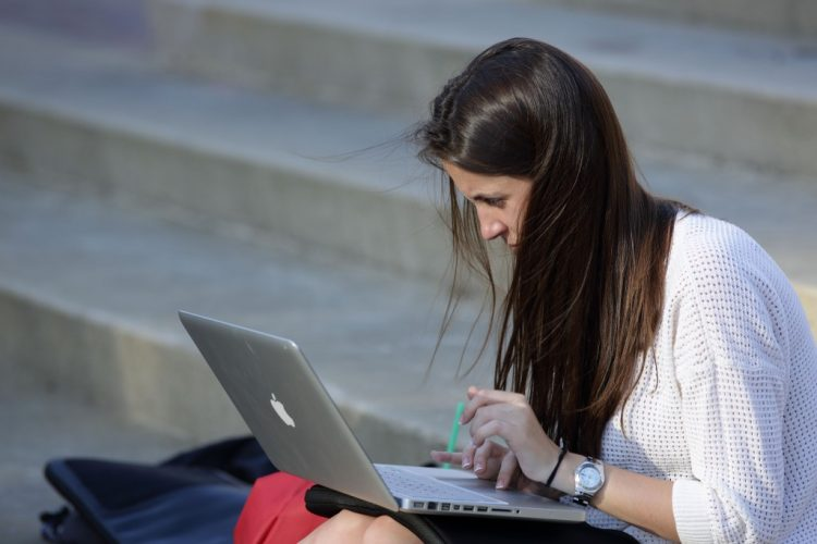 Free Online Education Over College