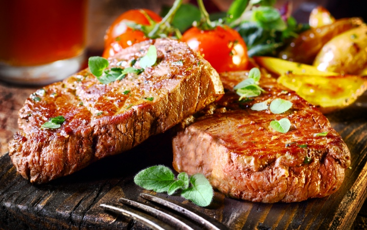 Tourist Tips: How To Find the Best Local Steakhouse