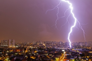 Prepare For Lightning Before It Happens With Earth Networks