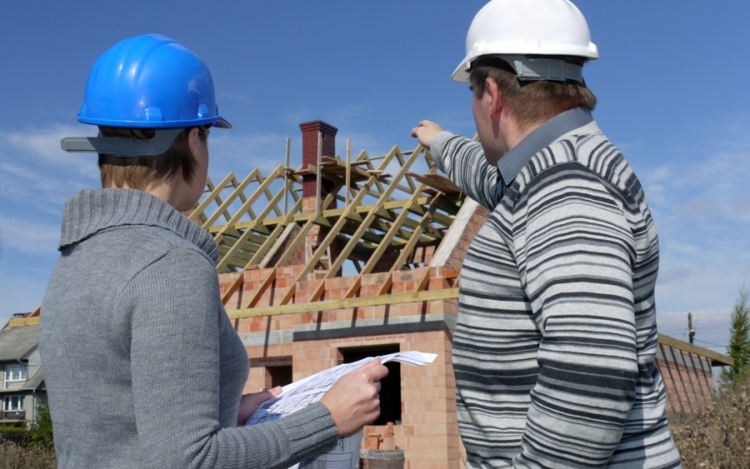 What Should Property Managers Look For In A Roofing Contractor?