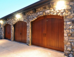 Features To Check In The Garage Doors In Mississauga