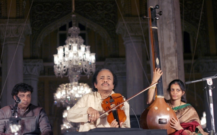 Let's Explore The Differences Between Carnatic And Hindustani Music