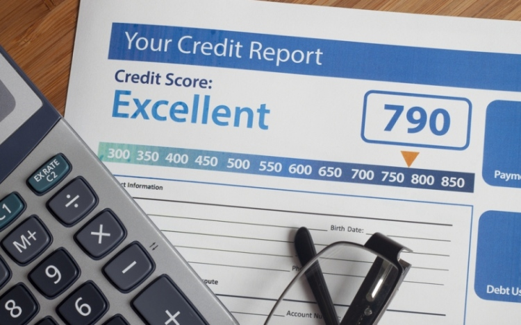 Tips To Help You Get On Top Of Your Finances and Improve Your Credit Score