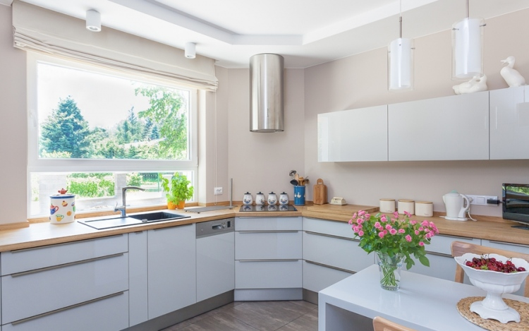 10 Easy Kitchen Décor Tips Maximise Style and Efficiency