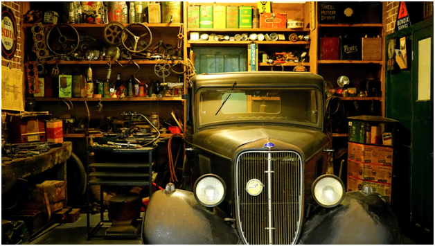 8 Things You Should Never Keep In Your Garage