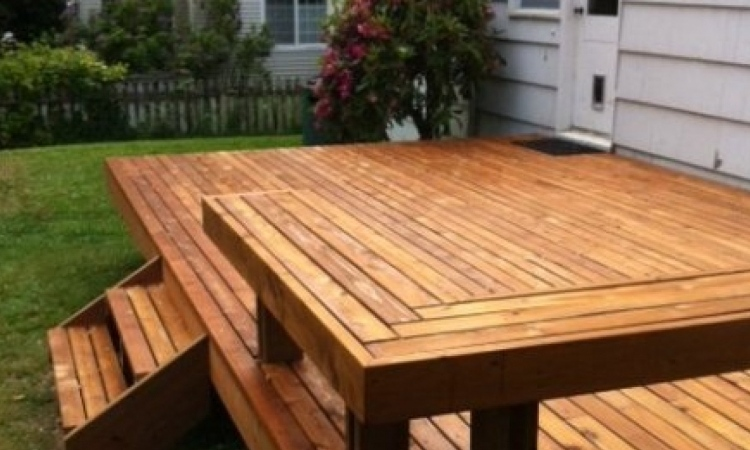 Building A Deck You Will Want To Invite Guests To