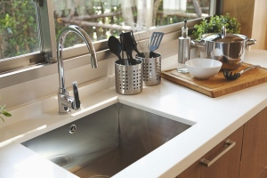 Different Types Of Kitchen Faucets: Choose The One That Suits You
