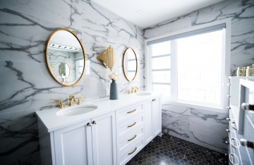 10 Small Bathroom Décor Ideas For 2021